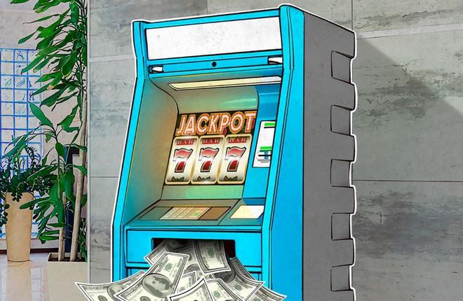 """Hiểm họa hacker dùng kỹ thuật """"jackpotting"""" để đánh lừa máy ATM tự động phun tiền mặt - Ảnh 1."""