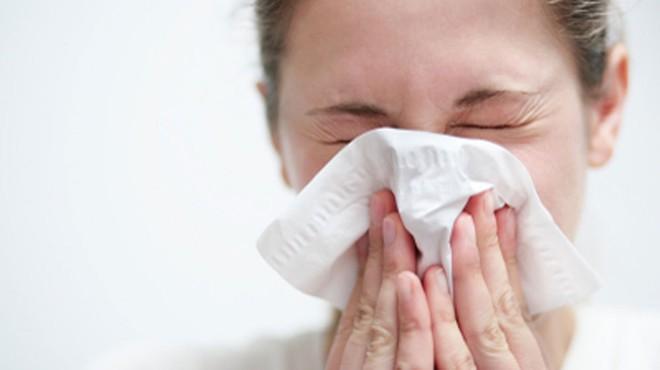 Nghiên cứu: Những người từng bị cảm lạnh có thể tạo phản ứng miễn dịch với COVID-19 nhanh hơn - Ảnh 1.