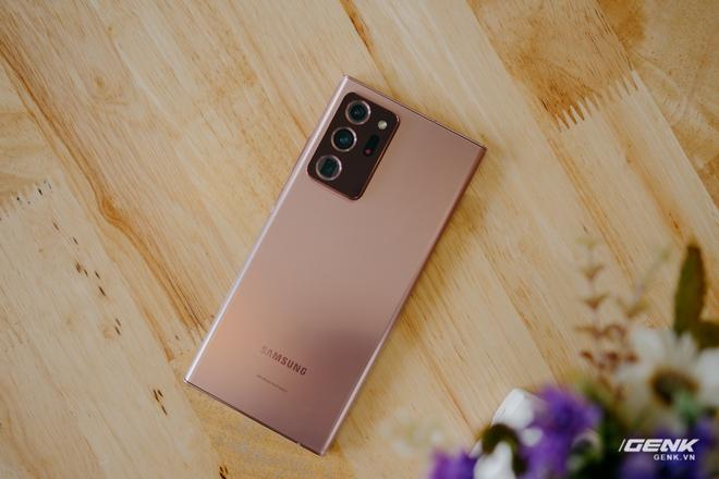 Mở hộp Galaxy Note20 Ultra chính hãng giá 30 triệu đồng - Ảnh 4.