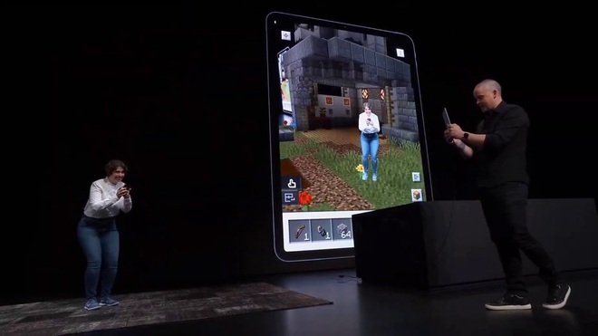 Nhiều năm là bạn thân với Apple, giờ Microsoft lại muốn bắt cá hai tay khi làm thân với Samsung nữa - Ảnh 1.