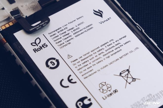 Mổ bụng Vsmart Live 4: Smartphone 4 triệu Make in Vietnam của VinSmart có gì đặc biệt? - Ảnh 16.