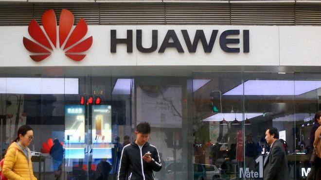 """""""Ông đồng"""" Ming-Chi Kuo cho rằng Huawei có thể sẽ phải rút lui khỏi thị trường smartphone - Ảnh 1."""