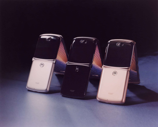 Motorola Razr 5G ra mắt: Snapdragon 765G, camera 48MP, giá 32.4 triệu đồng - Ảnh 4.