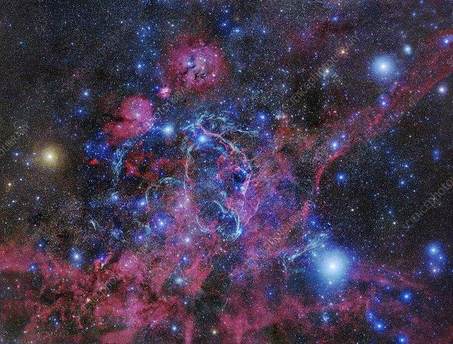 Sục sạo 10 triệu ngôi sao trên trời, các nhà khoa học không tìm thấy bất kỳ dấu hiệu nào của người ngoài hành tinh - Ảnh 2.
