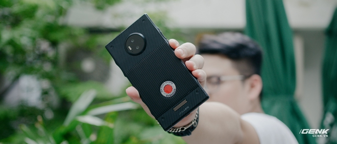 Từng có giá ngàn đô, smartphone siêu quay phim về VN với giá chưa đến 6 triệu đồng - Ảnh 21.