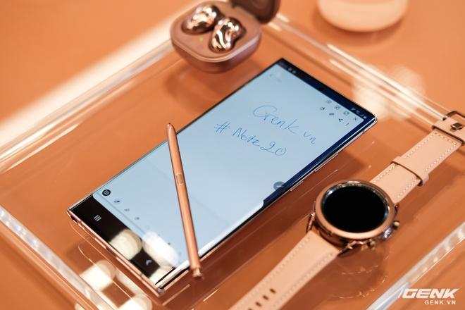 Đánh giá Galaxy Note20 Ultra: Thắng thế vì đối thủ thất thế - Ảnh 13.