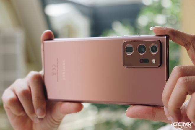 Đánh giá Galaxy Note20 Ultra: Thắng thế vì đối thủ thất thế - Ảnh 8.