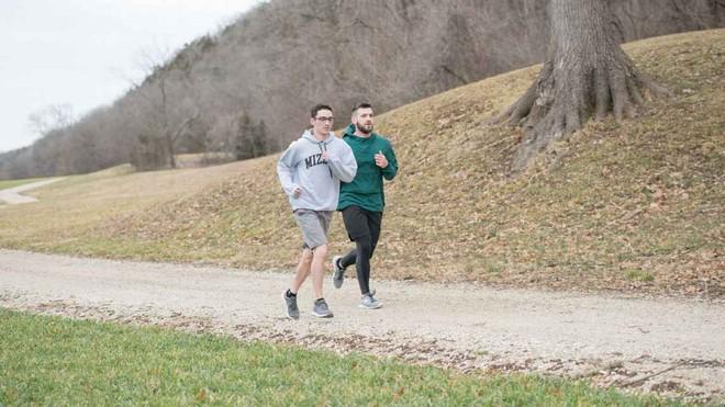 Ngồi một chỗ vẫn có thể giảm cân, môn thể thao trí óc này đốt mỡ như chạy marathon - Ảnh 8.