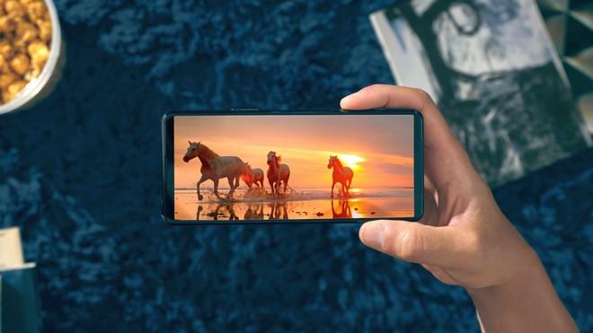 Xperia 5 II ra mắt: Snapdragon 865, màn hình 120Hz, quay 4K 120FPS HDR, pin 4000mAh, giá 949 USD - Ảnh 2.