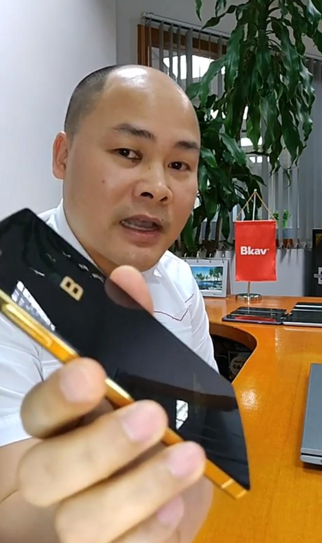 Ông Nguyễn Tử Quảng xác nhận BKAV đang phát triển Bphone cao cấp dùng chip Snapdragon đầu 8 - Ảnh 1.