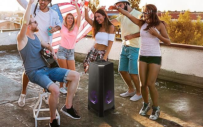 Đánh giá loa tháp Samsung: mang không khí tiệc tùng vào căn nhà nhỏ của bạn - Ảnh 3.