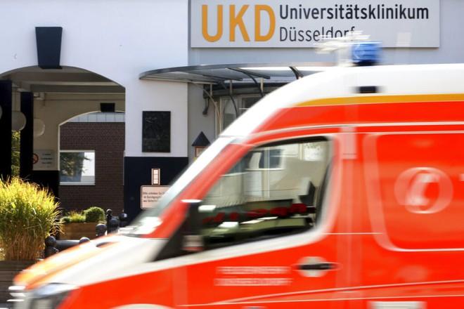 Bệnh nhân qua đời vì bệnh viện bị tin tặc tấn công nhầm bằng mã độc tống tiền - Ảnh 1.