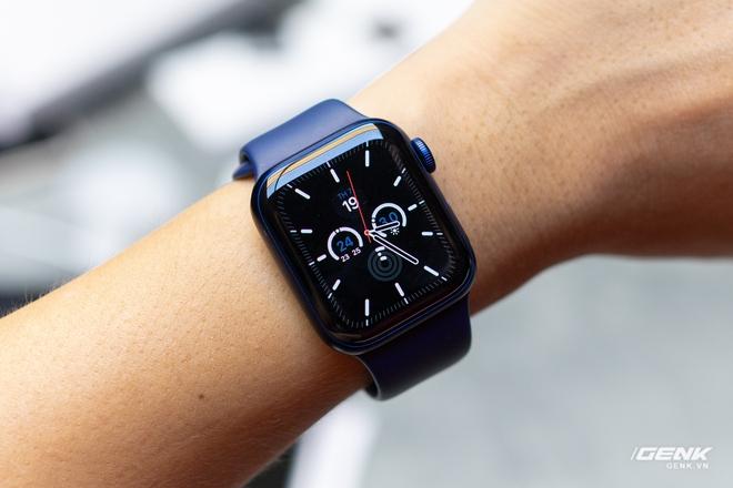 Trên tay Apple Watch Series 6: Tính năng ăn tiền nhất lại không sử dụng được ở VN - Ảnh 11.
