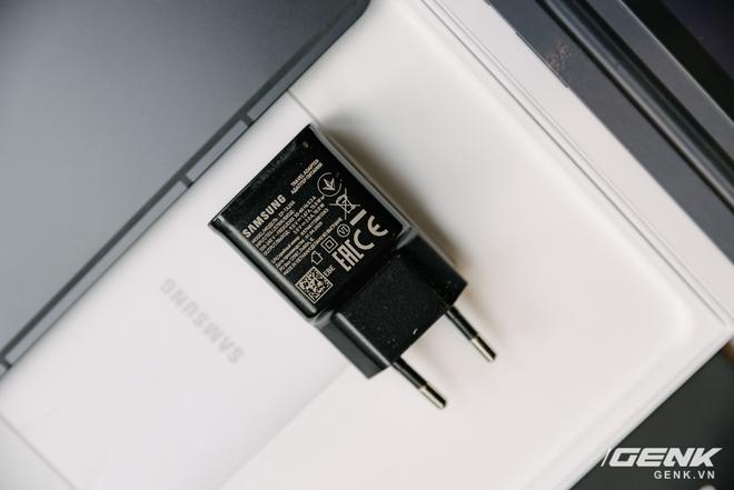 Cận cảnh Galaxy Tab S7+ : thiết kế sang trọng, màn hình 12.4 inch 120Hz, Snapdragon 865+, giá 24 triệu đồng - Ảnh 14.