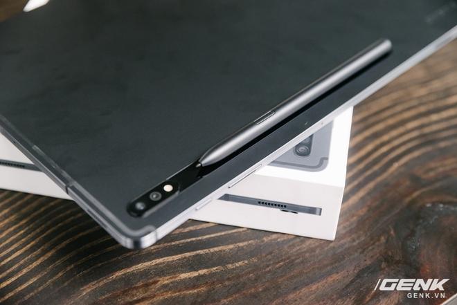 Cận cảnh Galaxy Tab S7+ : thiết kế sang trọng, màn hình 12.4 inch 120Hz, Snapdragon 865+, giá 24 triệu đồng - Ảnh 4.