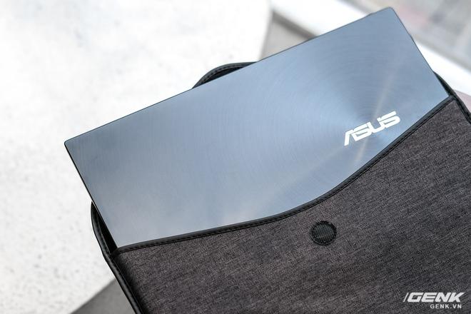 Cận cảnh và trải nghiệm chiếc laptop 14 inch chạy Ryzen Mobile 4000 Series mỏng nhất thế giới đến từ đội ASUS - Ảnh 2.