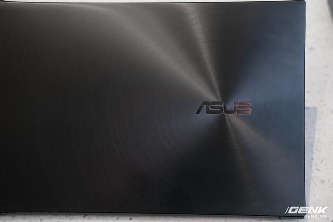 Cận cảnh và trải nghiệm chiếc laptop 14 inch chạy Ryzen Mobile 4000 Series mỏng nhất thế giới đến từ đội ASUS - Ảnh 5.