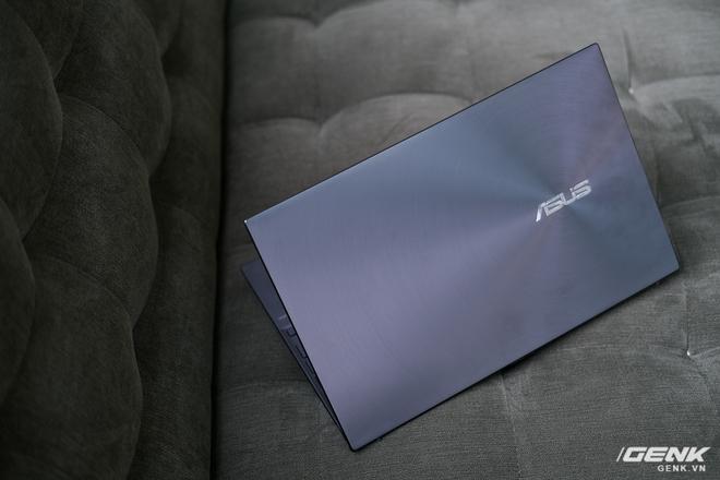 Cận cảnh và trải nghiệm chiếc laptop 14 inch chạy Ryzen Mobile 4000 Series mỏng nhất thế giới đến từ đội ASUS - Ảnh 7.