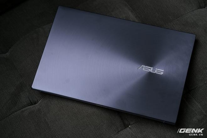Cận cảnh và trải nghiệm chiếc laptop 14 inch chạy Ryzen Mobile 4000 Series mỏng nhất thế giới đến từ đội ASUS - Ảnh 3.