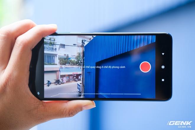 Cận cảnh POCO X3 NFC tại Việt Nam: Chạy Snapdragon 732G mới nhất, màn 120Hz, cụm camera hơi thô, bù lại có tính năng quay vlog rất đáng dùng - Ảnh 13.