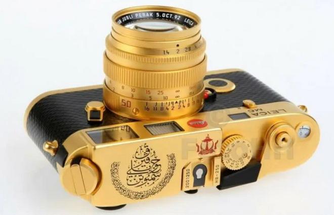 Ngắm Leica M6 bản mạ vàng siêu hiếm, giá lên tới gần 30 ngàn USD của hoàng gia Brunei - Ảnh 6.