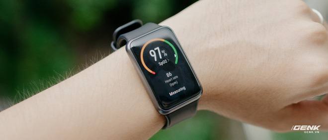 Trên tay Huawei Watch Fit: Smartwatch giá rẻ có đo nồng độ oxy trong máu - Ảnh 8.
