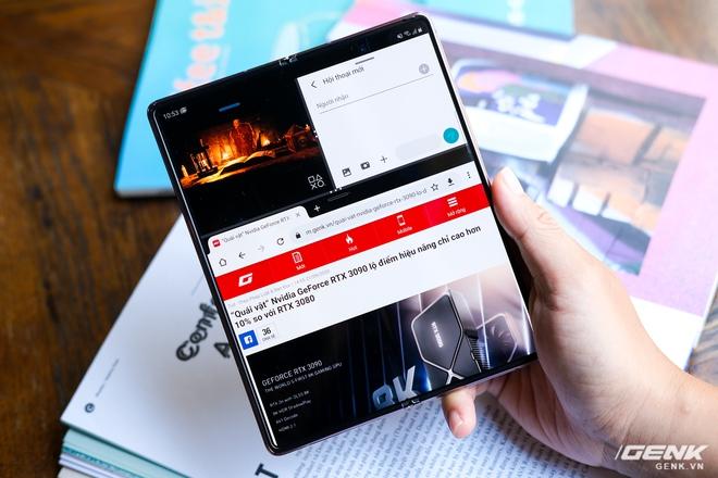 Samsung Galaxy Z Fold2 vs. Microsoft Surface Duo: Cuộc chiến giữa hai gã smartphone dị biệt - Ảnh 18.