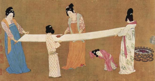 Trước thời đại của giấy vệ sinh, con người đã dùng gì để thay thế cho chúng? - Ảnh 8.