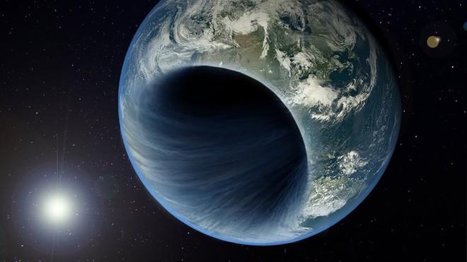 Với kích thước chỉ bằng với một đồng xu, liệu những lỗ đen này có sức mạnh để xóa sổ hành tinh chúng ta hay không?