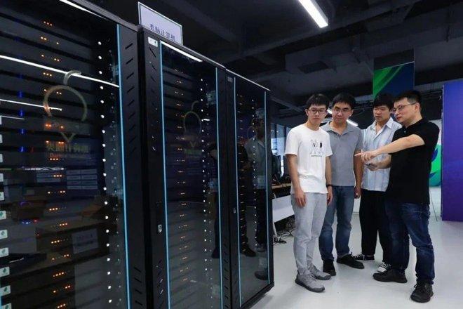 Trung Quốc chế tạo thành công máy tính có khả năng xử lý tương đương não một con chuột - Ảnh 1.