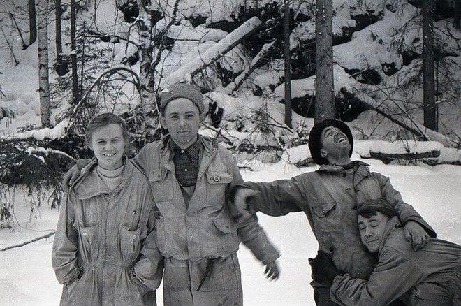 Sự kiện đèo Dyatlov: Tai nạn leo núi kỳ lạ nhất trong lịch sử nhân loại (Phần 8 - Phần cuối) - Ảnh 3.