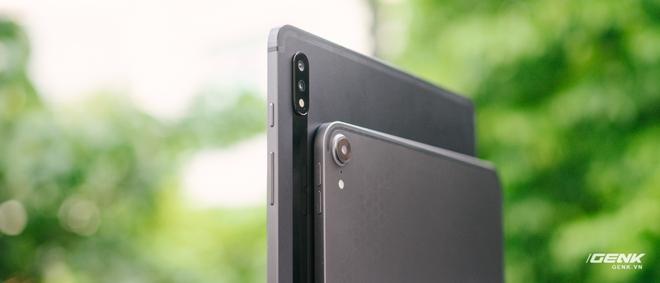 So sánh nhanh Galaxy Tab S7+ với iPad Pro: Máy tính bảng Android đã thực sự bắt kịp được iPad? - Ảnh 2.