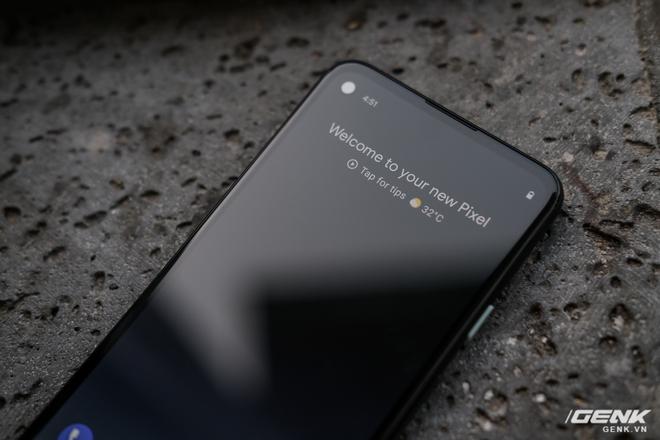 Trên tay Google Pixel 4a: Gọn nhẹ, chỉ 1 camera sau, sản xuất tại Việt Nam, giá gần 10 triệu đồng - Ảnh 8.