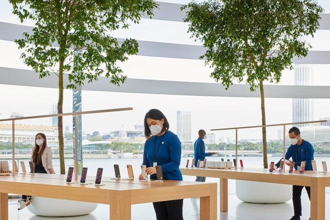 Con buôn Việt Nam có thêm địa điểm mới (tuyệt đẹp) để xếp hàng mua iPhone - Ảnh 5.