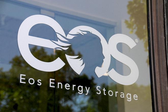 Pin kẽm của startup Eos đã được phát triển suốt 12 năm nay mà vẫn sống tốt trong thời đại pin li-ion - Ảnh 1.