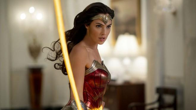 Điểm lại những sự việc hot nhất của thể loại siêu anh hùng trong năm 2020: Vắng phim, tin vẫn nhiều, drama không thiếu - Ảnh 9.