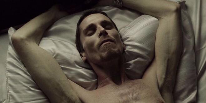 Bái phục khả năng biến hình của Christian Bale khi đóng phim: Dù nhân vật vai u bắp thịt hay gầy gò ốm yếu, anh cân được tất - Ảnh 2.