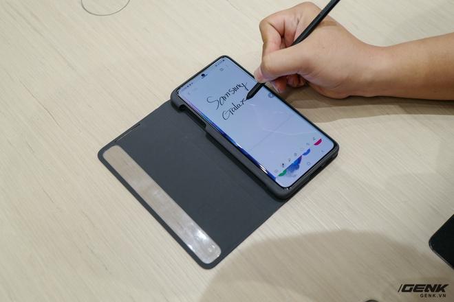 Galaxy S21 Ultra tương thích ngược với bút S-Pen đời trước mượt thế nào, xem video này là biết ngay - Ảnh 5.