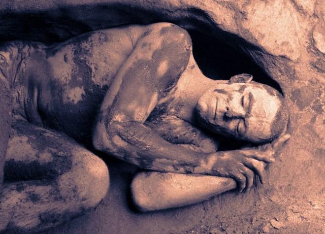 Phát hiện chứng tích tiết lộ người tiền sử đã từng ngủ đông nhưng việc ngủ đông không đơn giản như chúng ta nghĩ - Ảnh 1.
