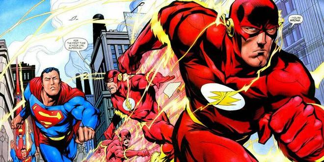 Superman vs The Flash: Ai sẽ là người chiến thắng trong cuộc đua tốc độ? - Ảnh 3.