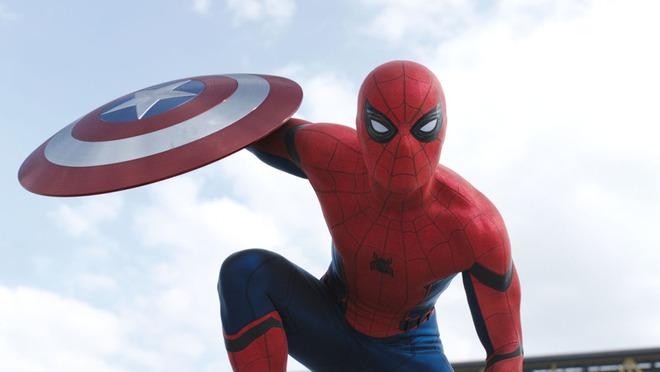 Cứ tưởng tạch vai ai ngờ lại được trở thành Spider-Man, Tom Holland phấn khích đến nỗi làm rơi hỏng cả máy tính - Ảnh 1.