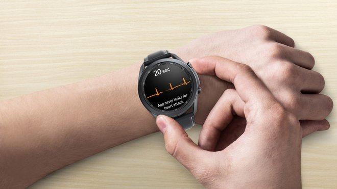 Galaxy Watch 4 và Apple Watch 7 sẽ là món quà tuyệt vời dành cho người bị bệnh tiểu đường - Ảnh 1.