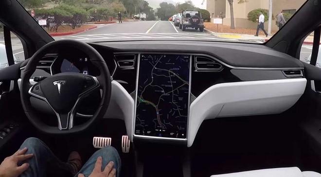 Samsung bất ngờ hợp tác với Tesla sản xuất chip 5nm cho xe tự lái, đe dọa lớn tới vị thế của TSMC - Ảnh 1.
