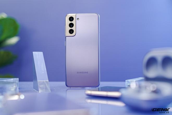 Có đủ tiền mua Galaxy S21 Ultra, nhưng tôi vẫn chọn S21 bản thường - Ảnh 1.