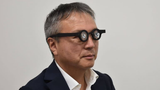 Công ty Nhật Bản công bố loại kính thông minh chữa được bệnh cận thị, cuối năm nay sẽ bán cho thị trường Châu Á - Ảnh 2.