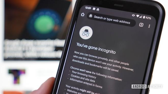3 nguy cơ tiềm ẩn khi duyệt trang web không lành mạnh trên smartphone, giờ biết cũng chưa muộn - Ảnh 1.