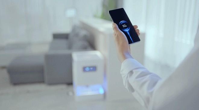 Xiaomi ra mắt sạc công nghệ không dây đích thực, cách vài mét vẫn có điện - Ảnh 2.