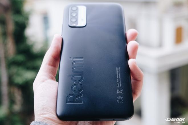 Trên tay Xiaomi Redmi 9T: Smartphone giá rẻ với pin khủng - Ảnh 2.