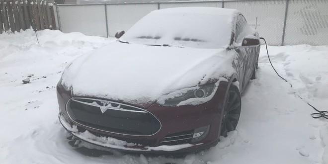 Nỗi khổ của xe điện trong mùa đông: Thời lượng pin là ẩn số, không dám bật máy sưởi hay điều hòa - Ảnh 1.