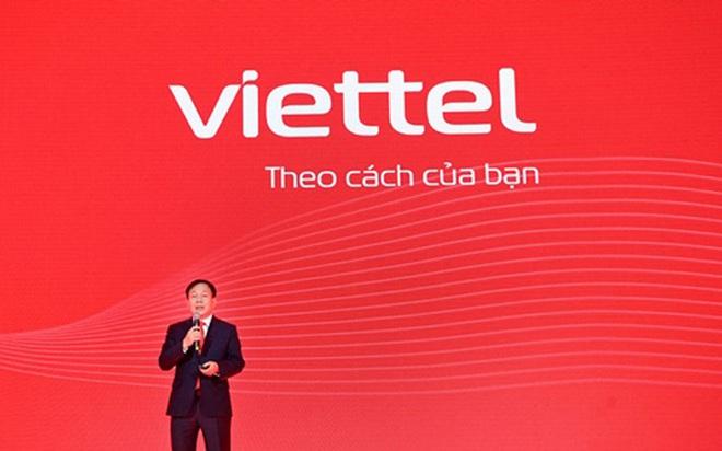 Bị chê thiếu sáng tạo, Viettel thay áo mới: Từ xanh hoá đỏ rực, không còn câu slogan huyền thoại Hãy nói theo cách của bạn - Ảnh 1.